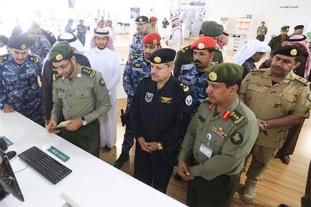 قيادات أمنية وعسكرية ومسوؤلون يتوافدون على  29