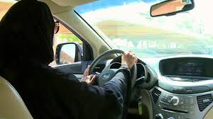 قيادة المرأة للسيارة تدخل حيز التنفيذ خلال ساعات.. فوائد اقتصادية جمة - المواطن