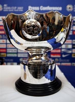 """العراقي """"يونس"""" والسعودي """"الجابر"""" ضمن قائمة أفضل 10 لاعبين بتاريخ آسيا - المواطن"""
