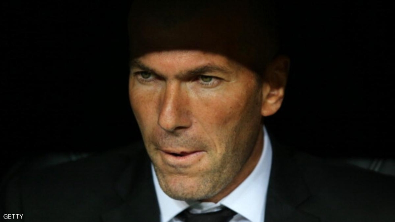 MADRID, SPAIN - APRIL 02:  Real Madrid's assistant manager Zinedine Zidane looks on prior to the UEFA Champions League Quarter Final first leg match between Real Madrid and Borussia Dortmund at Estadio Santiago Bernabeu on April 2, 2014 in Madrid, Spain.  (Photo by Clive Rose/Getty Images)