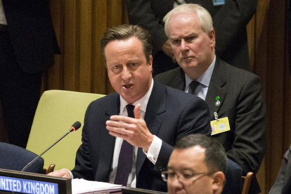 مصدر حكومي بريطاني ينفي تنحي كاميرون عن منصبه - المواطن