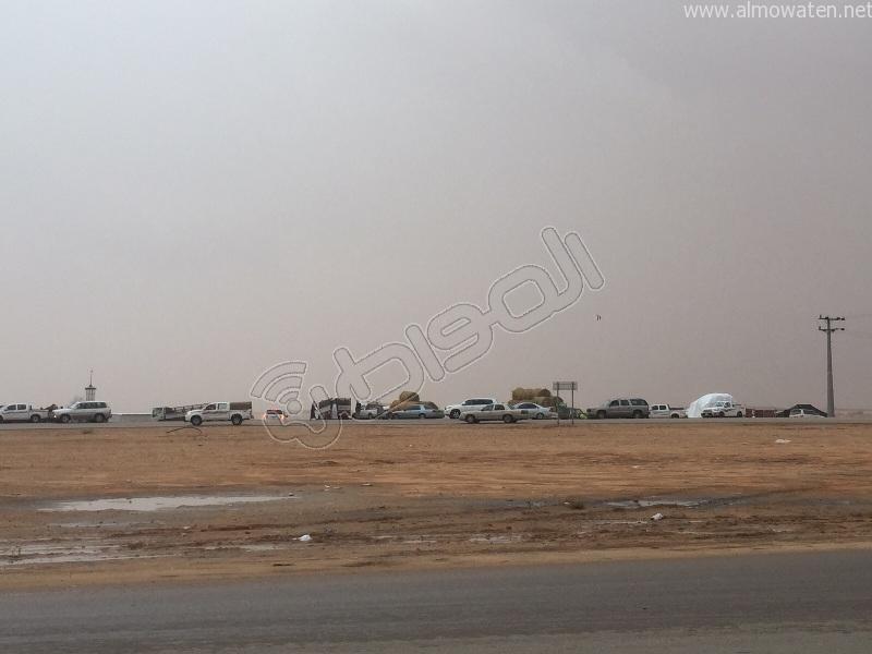كثافة في منتزهات #القصيم .. والسبب الأمطار وتعليق الدراسة (6)