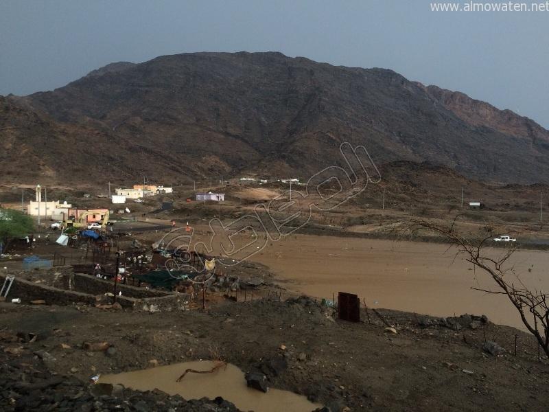 شاهد.. جبال #كساب تتزين بالشلالات عقب الأمطار الغزيرة - المواطن