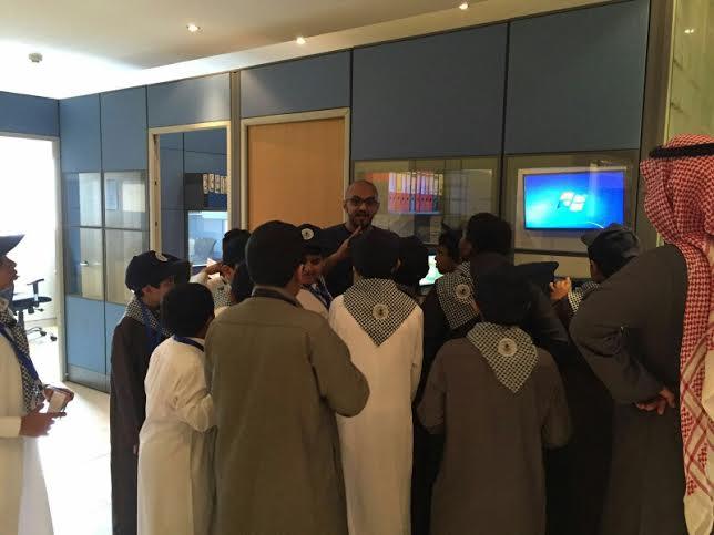 كشافة مدرسة بلاط الشهداء3