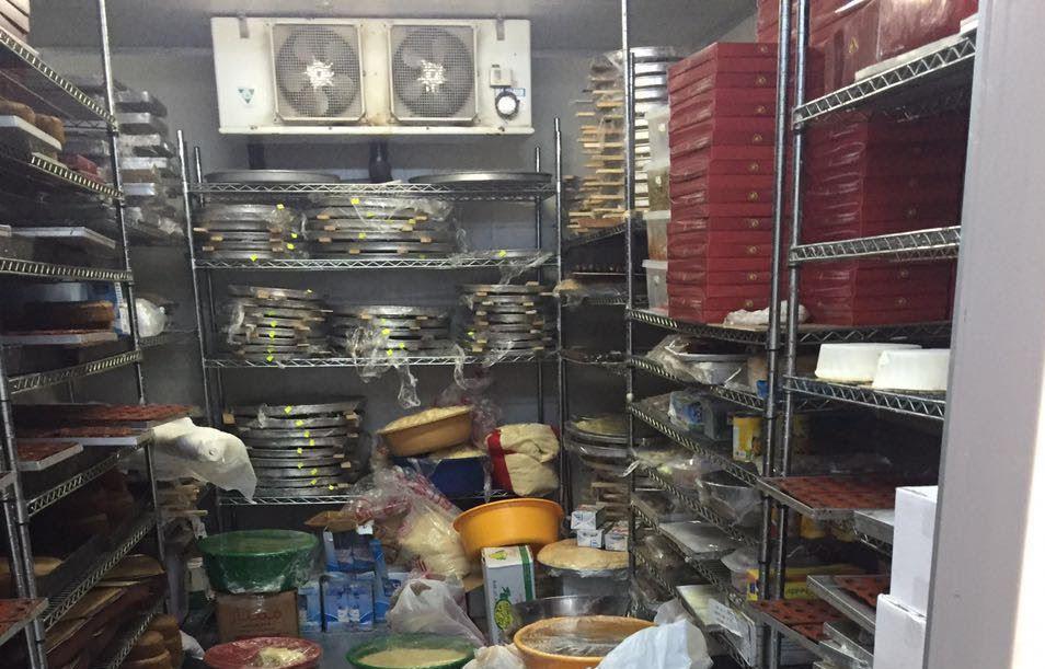 كميات كبيرة من الأطعمة الغير صالحة في جولة لبلدية بلجرشي (8)