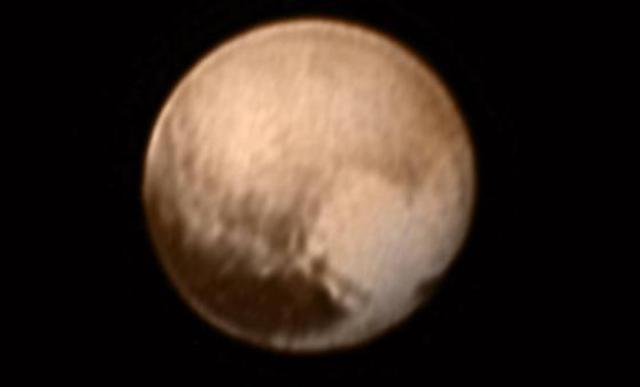 كوكب-بلوتو (1)