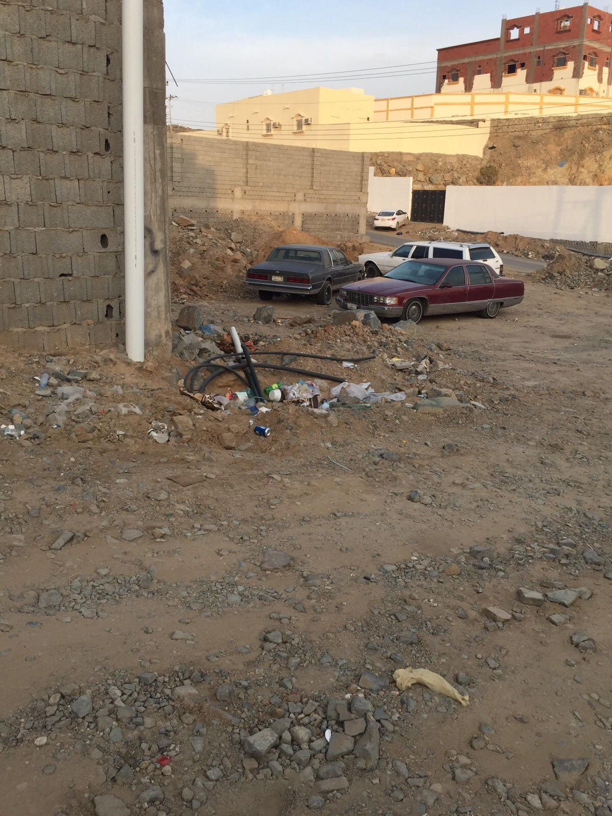 كيبل كهربائي مشكوف بحي كيلو14 شمال جدة (3)