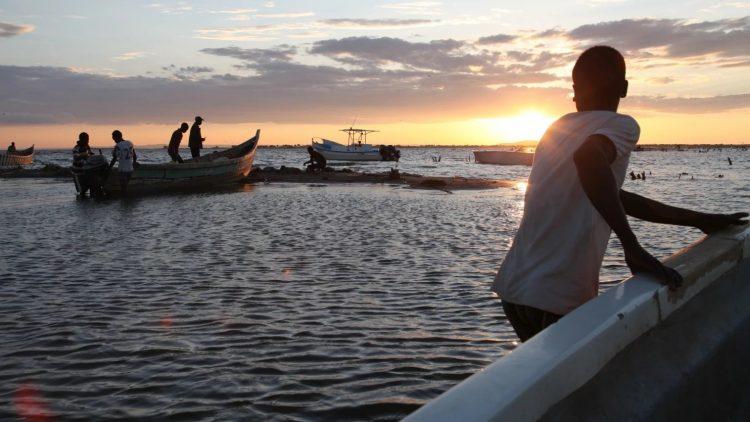 دمار هائل.. فاض السد فقتل أكثر من 21 شخصًا غرب كينيا