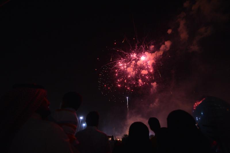 لألعاب النارية تُزين سماء العاصمة في احتفال العيد (1) 
