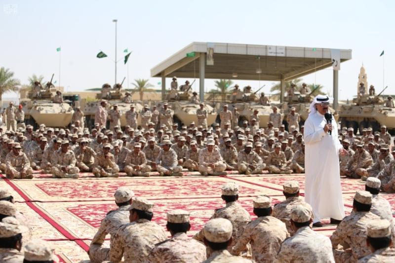 لأمير متعب بن عبدالله جاهزون لتنفيذ أوامر خادم الحرمين الشريفين في أي مكان وزمان 3
