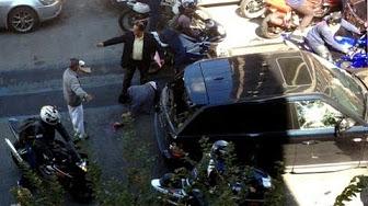 شاهد.. سائق رنج روفر يدهس دراجات نارية بالجملة