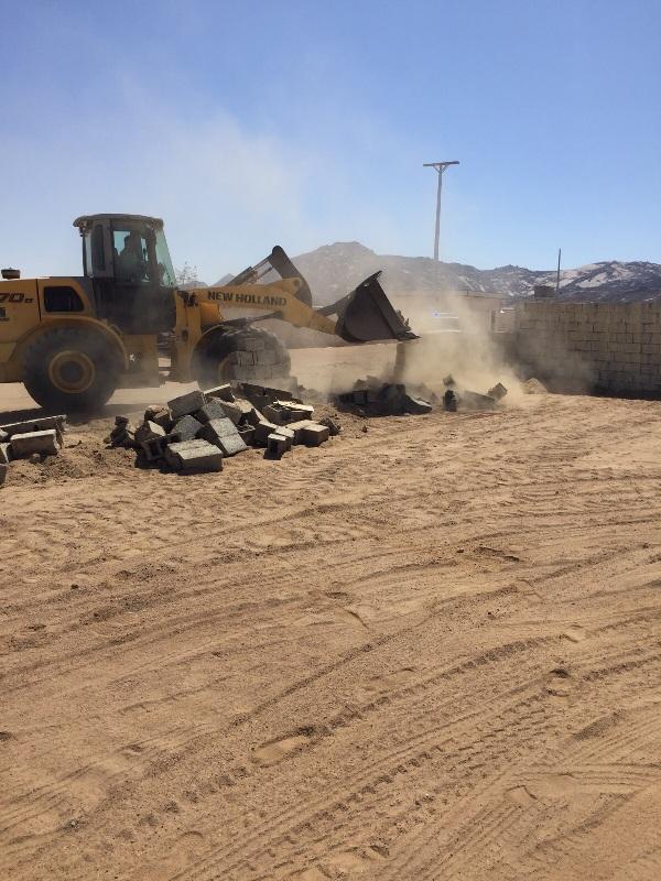 لجنة تعديات #نجران تستعيد 300 ألف متر مربع بمركز #رجلاء (3)