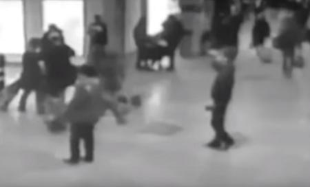 لحظة انفجار قنبلة مطار بروكسل وسقوط الضحايا