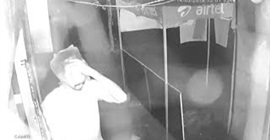 فيديو طريف.. لص غبي يخفي وجهه بكيس شفاف! - المواطن