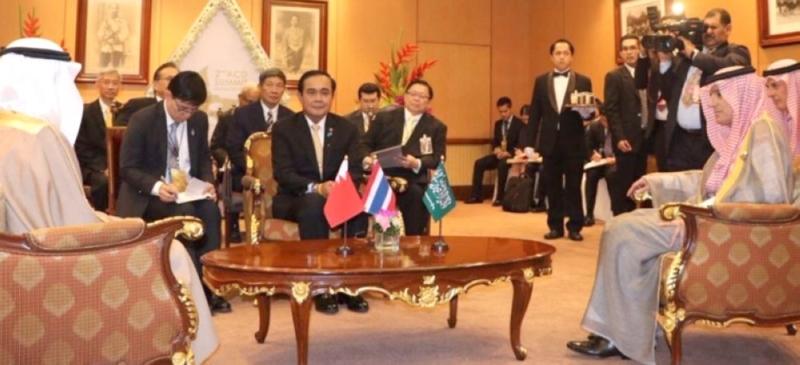 لقاء ثلاثي بين الجبير ورئيسي وزراء البحرين وتايلاند