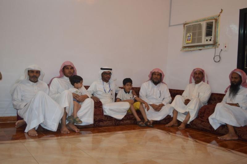 لقاء ذوي الشهيد علي بن عبدالخالق عالي محمد الرزقي القرني (8)