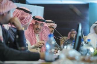 قصة مصورة .. لقاء رجال الأعمال مع وزيري التجارة والاستثمار والمالية في مجلس الغرف السعودية - المواطن