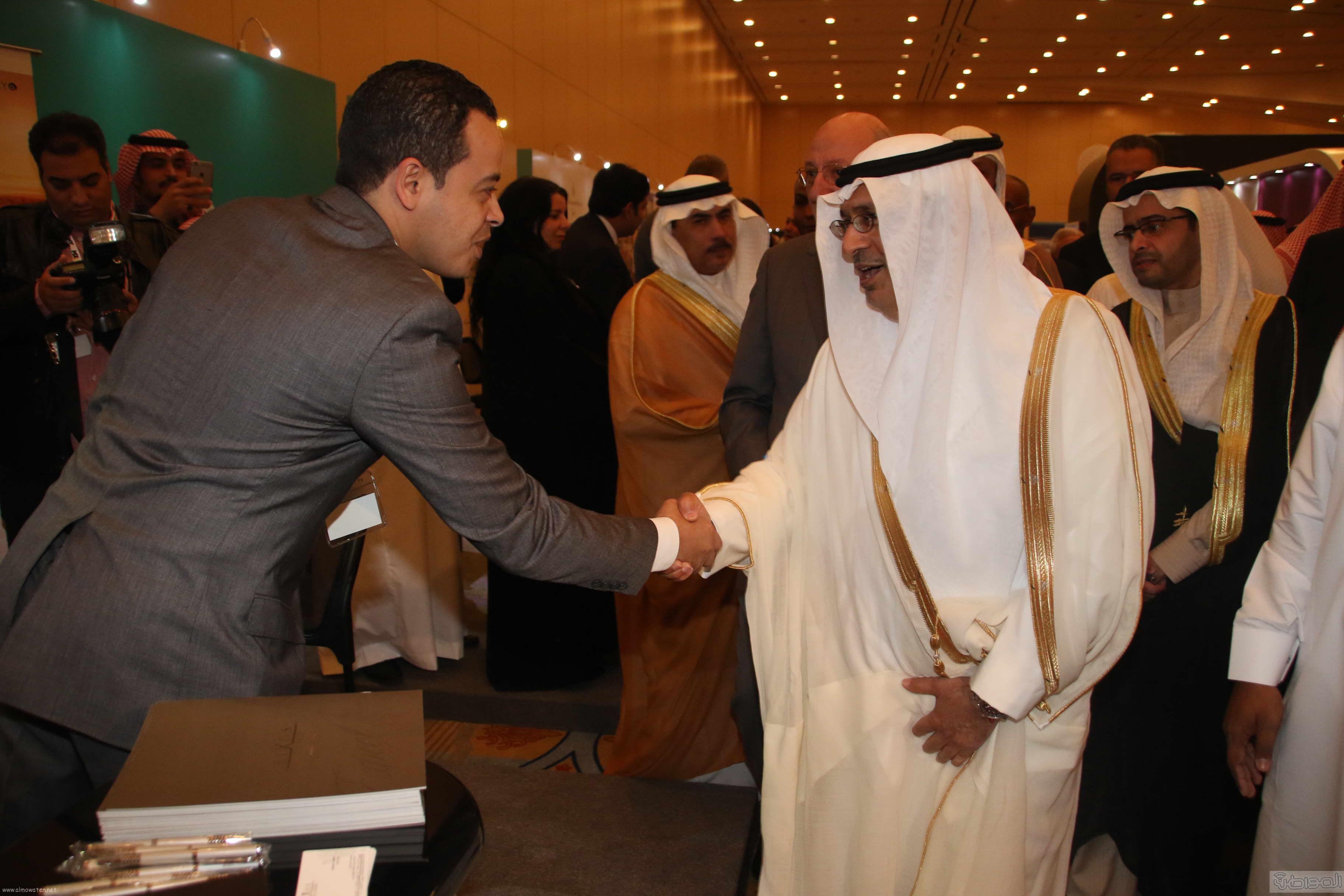 لقطات لتدشين الامير سيف الاسلام ملتقى رواد صناعة السياحة والسفر (2)