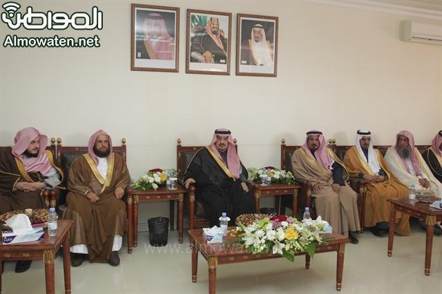 لقطات من زيارة أمير الرياض لمرات (1)_640x426