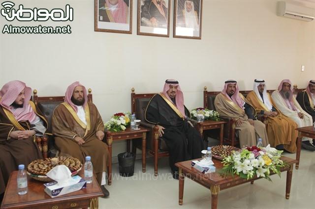 لقطات من زيارة أمير الرياض لمرات (2)_640x426
