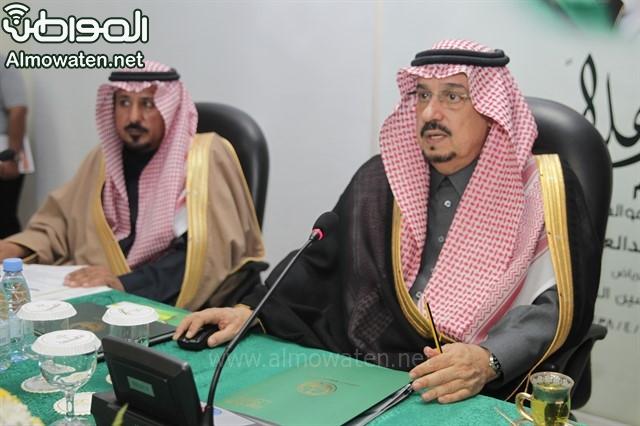 لقطات من زيارة أمير الرياض لمرات (6)_640x426