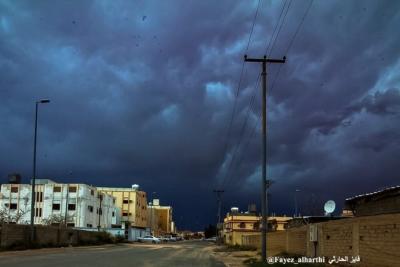 لقطات نادرة لسحب الماماتوس بسماء #الطائف (136968509) 