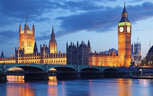 لندنaa