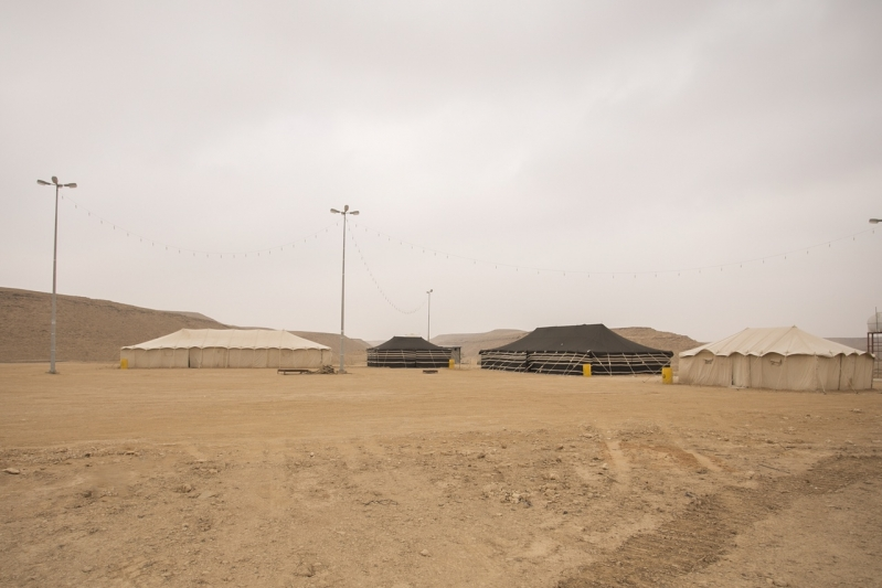 لهواة الشتاء-مخيمات وإنارة بالطاقة الشمسية لمنتزهات سدير (4)