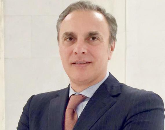 لوكا فيراري السفير الايطالي في السعودية