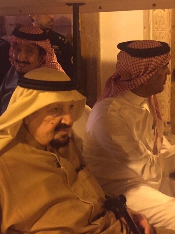 ماذا فعل #الملك_سلمان بعد وليمة عشاء لأخيه الأمير عبدالرحمن؟ (3)