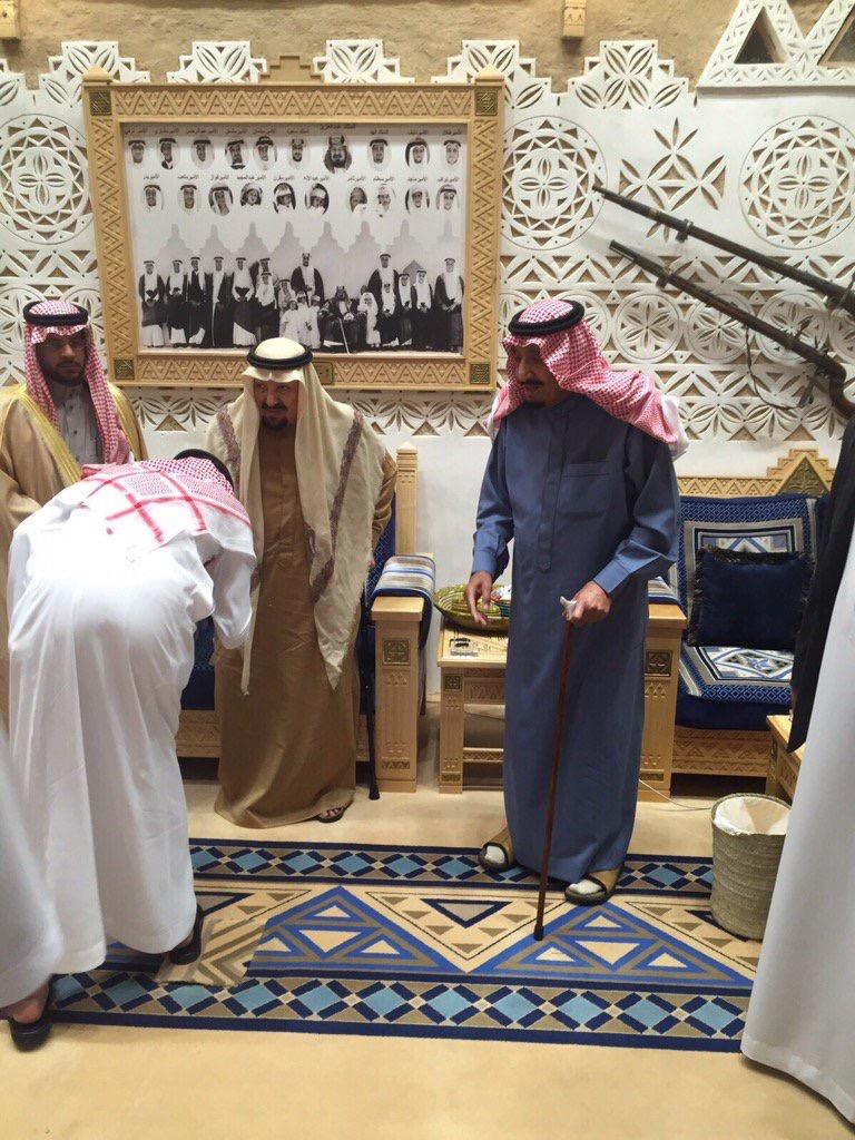 ماذا فعل #الملك_سلمان بعد وليمة عشاء لأخيه الأمير عبدالرحمن؟ (5)