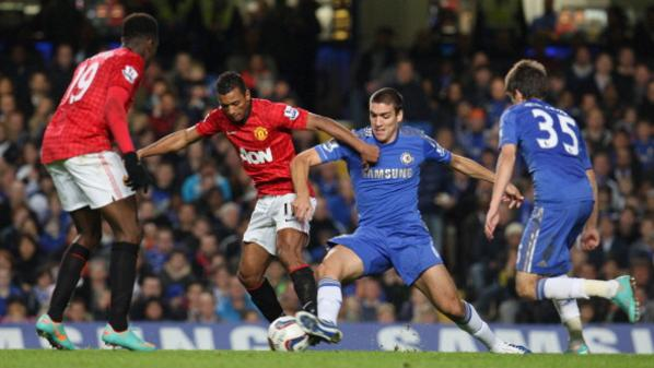 LONDON, ENGLAND - OCTOBER 31:  Nani of Manchester United in action with Oriol Romeu of Chelsea during the Capital One Cup Fourth Round match between Chelsea and Manchester United at Stamford Bridge on October 31, 2012 in London, England.  (Photo by Matthew Peters/Man Utd via Getty Images)