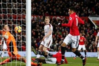 مانشستر يونايتد ينجو من الهزيمة في الدوري الإنجليزي بالوقت القاتل - المواطن