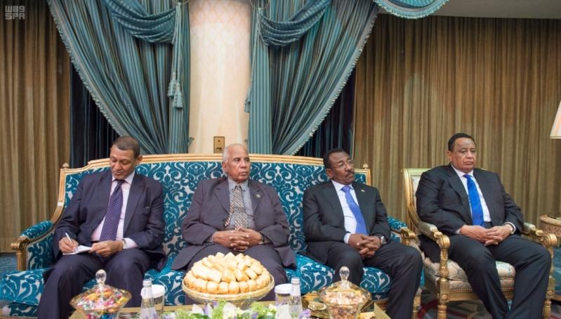 مباحثات الملك ورئيس السودان4