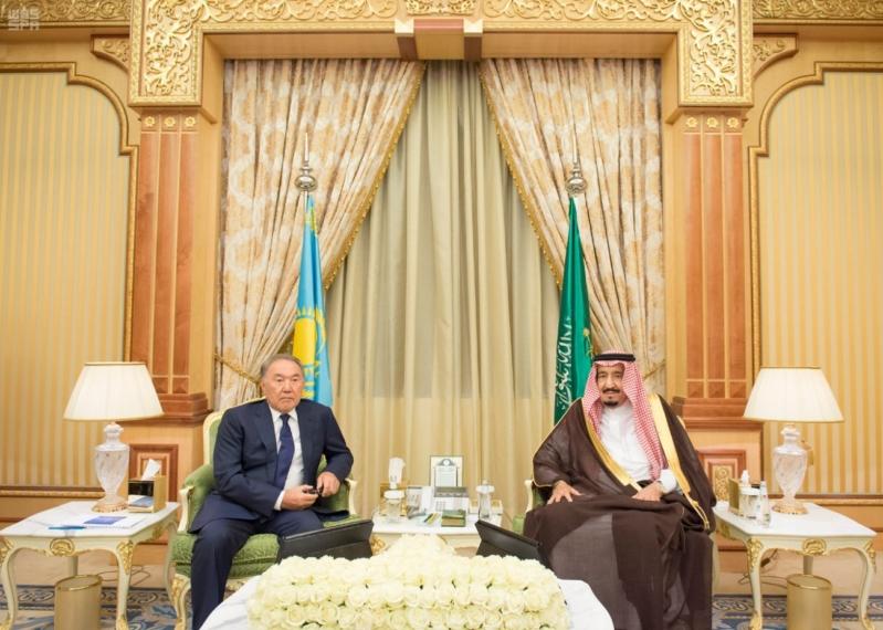 مباحثات الملك ورئيس كازاخستان7