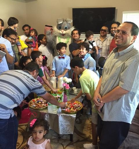 بالصور.. مبتعثو لورانس بأمريكا يقيمون حفل معايدة للأطفال والكبار - المواطن