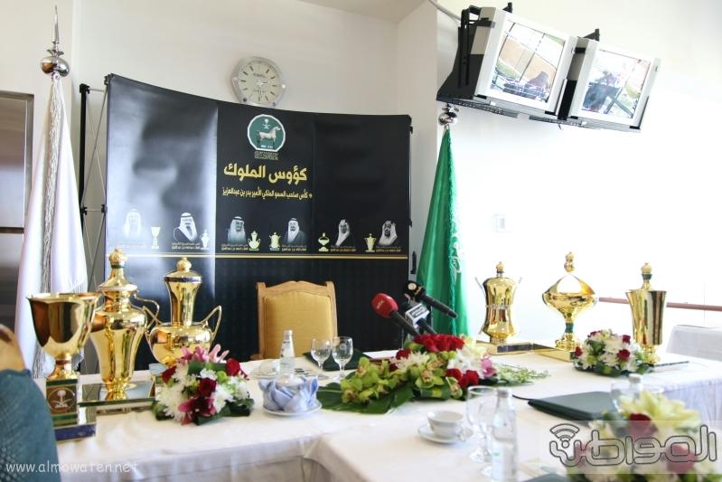متعب بن عبدالله لـ المواطن  كؤوس الملوك والأمير بدر مخصصة لخيول الإنتاج  5
