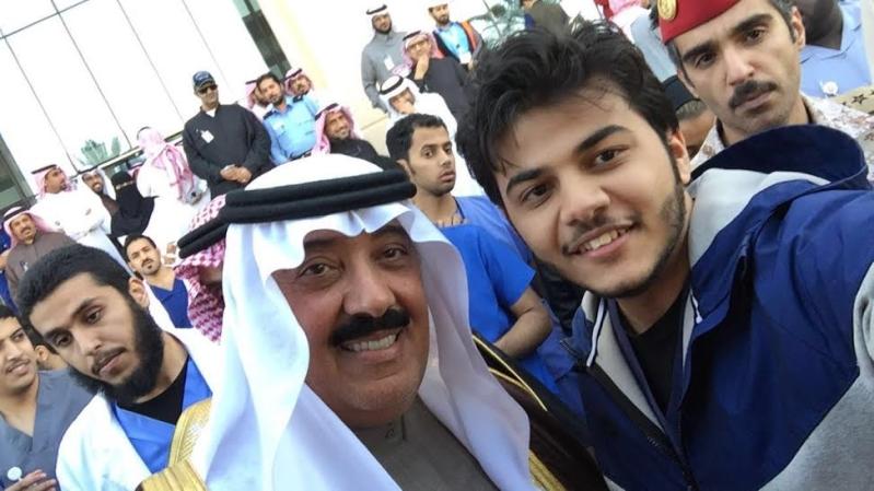 متعب بن عبدالله يفاجئ طلاب الصحية بحضور ختام فعاليات برنامج ثقافي 8