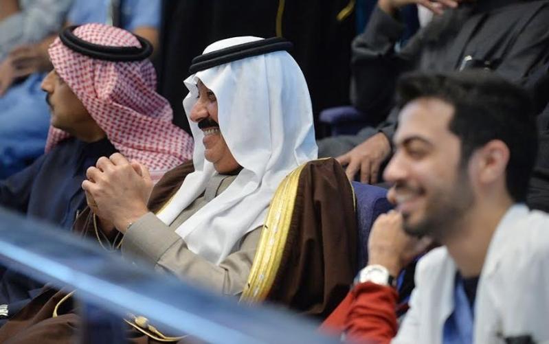 متعب بن عبدالله يفاجئ طلاب الصحية بحضور ختام فعاليات برنامج ثقافي 9