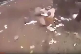 بالفيديو .. وجبات كاملة وقمامة تُغطي أرض متنزه السودة في #عسير - المواطن