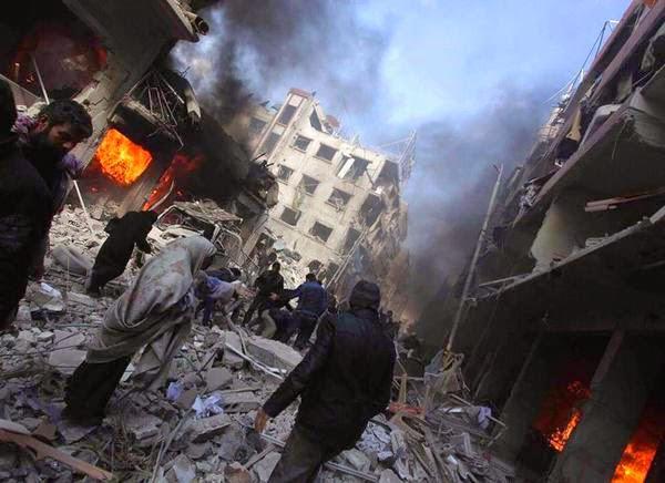 بالصواريخ العنقودية.. النظام السوريّ يرتكب مجزرة جديدة في دوما - المواطن