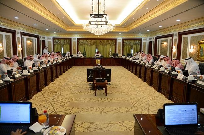 مجلس جامعة الملك خالد يقرّ 3 خطط دراسيّة لمرحلة الماجستير - المواطن