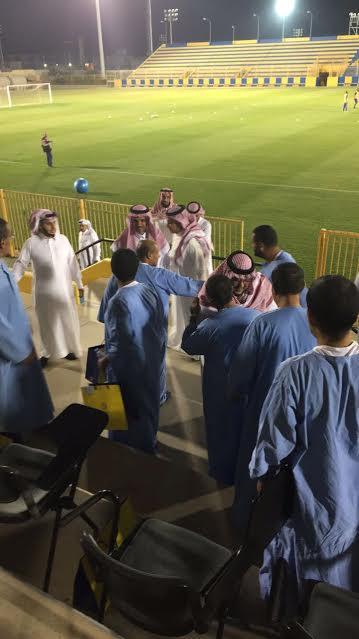 مجمع الأمل ينظم زيارة لمقر نادي النصر بمشاركة 20 مريضا نفسي 3