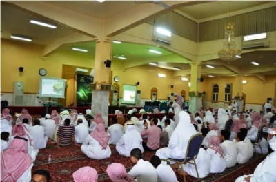 مجمع حلقات جامع صالح العقيلي بالشفا يقيم الحفل الختامي ويكرم طلابه الخاتمين3