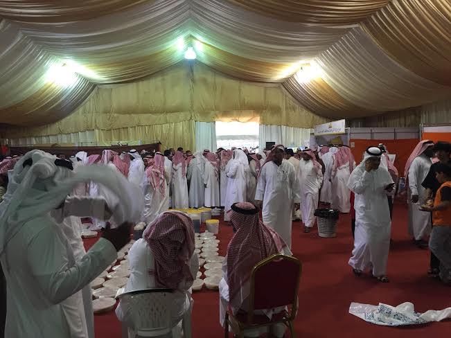 محافظ العُرضيات يفتتح فعاليات وبرامج مهرجان العسل الرابع5