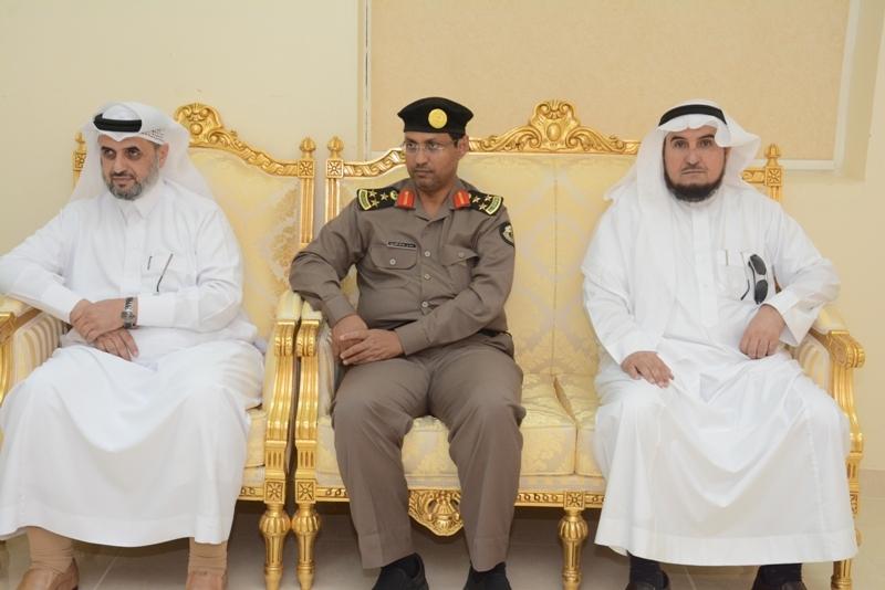 محافظ #محايل يتفقد مركز بحر أبو سكينة (3)
