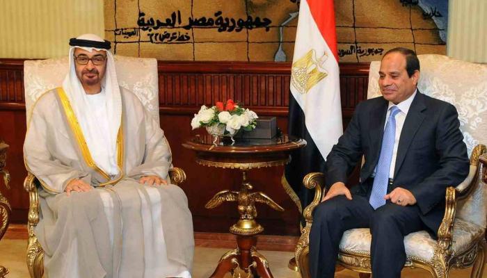 محمد بن زايد والسيسي في لقاء سابق بالقاهرة