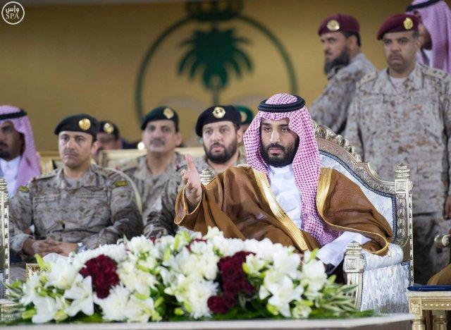 محمد-بن-سلمان-تخريج-طلبة-كلية-الملك-فهد  (2)