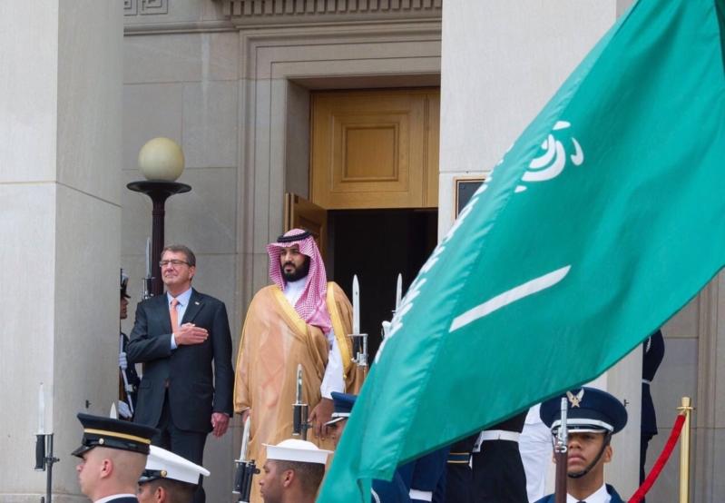 محمد بن سلمان في اجتماع  مع معالي وزير الدفاع الأمريكي   (1) 