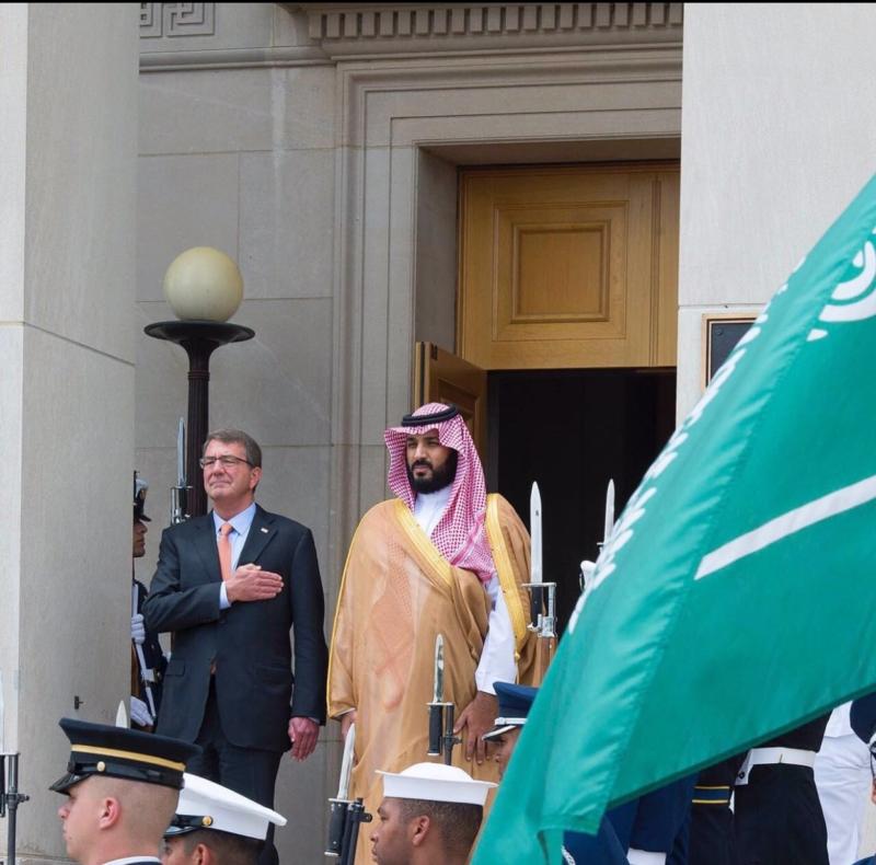 محمد بن سلمان في اجتماع مع معالي وزير الدفاع الأمريكي (781678678) 